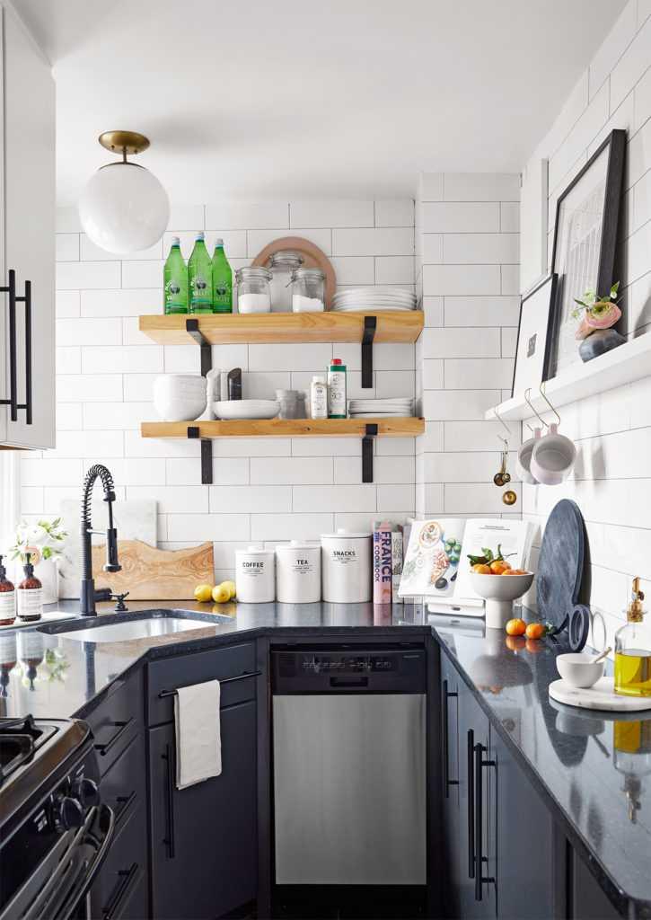 Размещение вещей в маленькой кухне